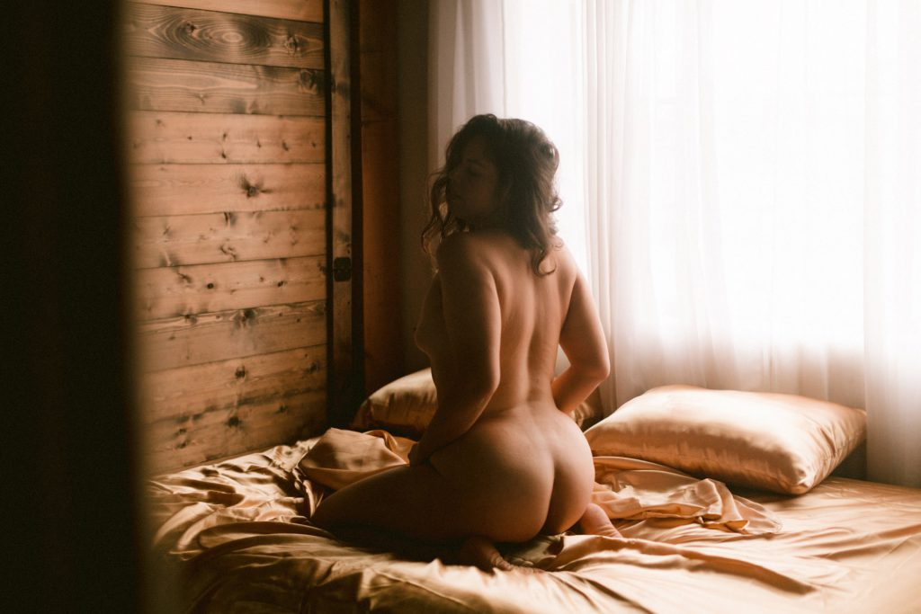 fine art nude photographer of boudoir in hayward california by heather elizabeth photography