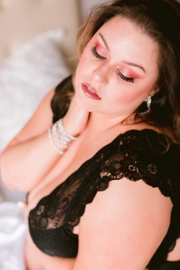 plus size body positive boudoir photographer in the san francisco bay area