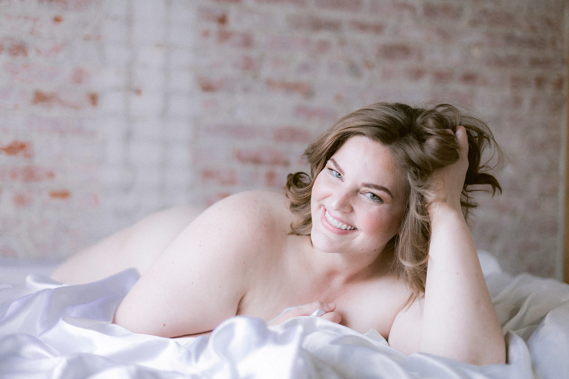 healing postpartum body positive boudoir session in the sf bay area